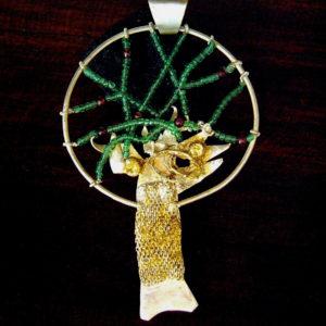 platane-pendant-necklace-garnet-antique-glass-beads